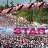 Event photography; Race for the Cure; pink; balloons; 5K walkers; starting line; Tucson